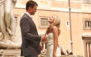 Kristen Bell & Josh Duhamel in When In Rome